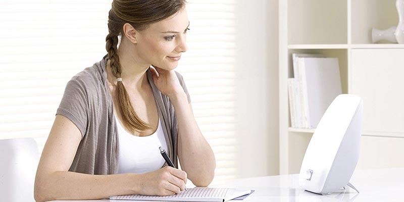 tageslichtlampe alle informationen hilfe f r die kaufentscheidung. Black Bedroom Furniture Sets. Home Design Ideas